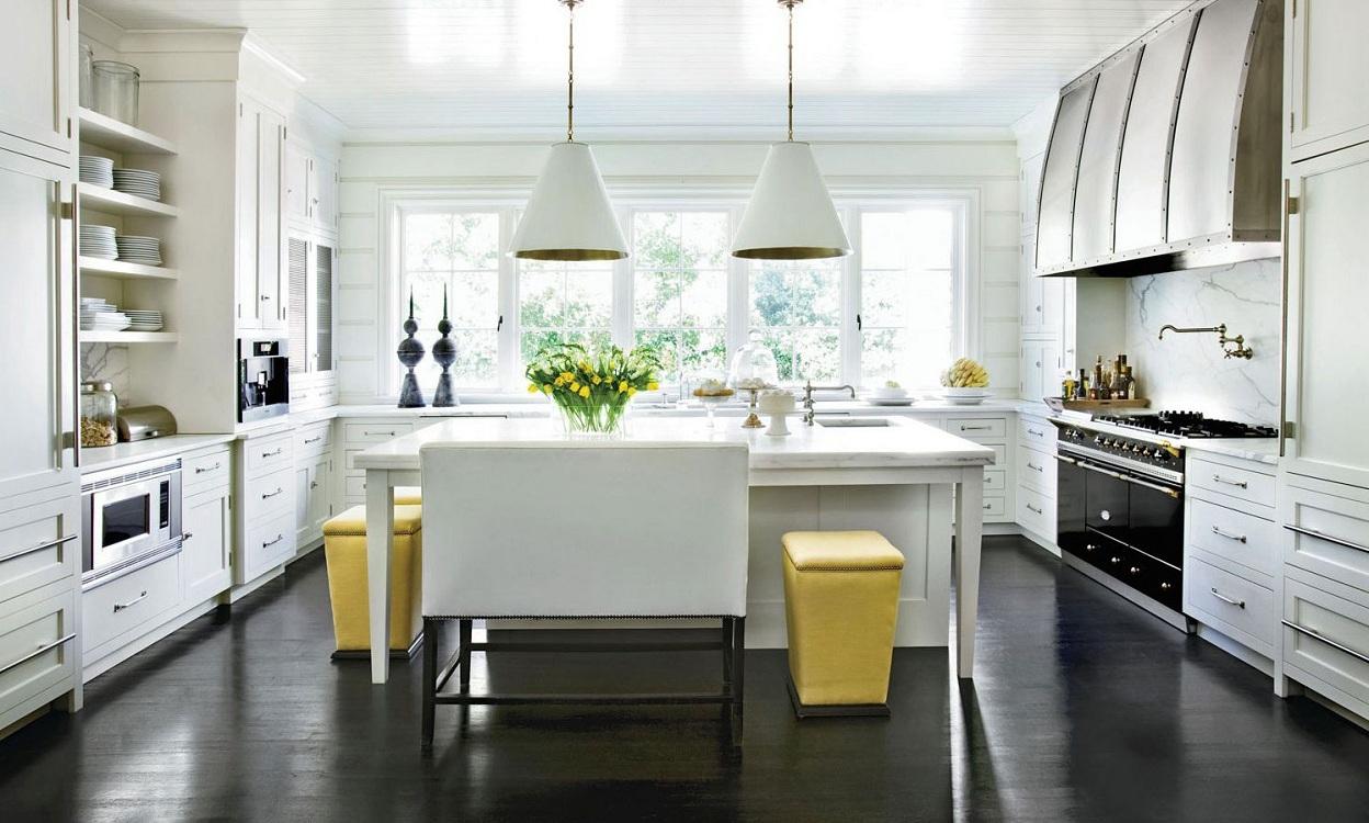 Черно-белая кухня в стиле прованс