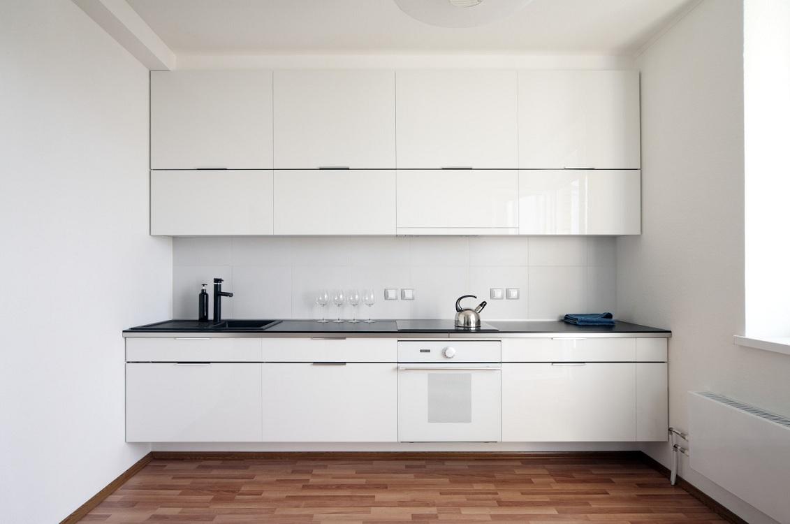 Глянцевая кухня в стиле минимализм