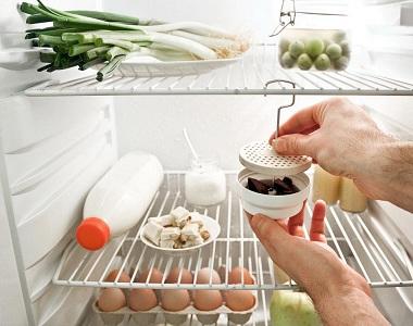 Кофе для устранения неприятного запаха в холодильнике