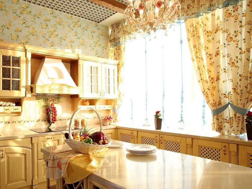 Короткие шторы на кухню в стиле прованс