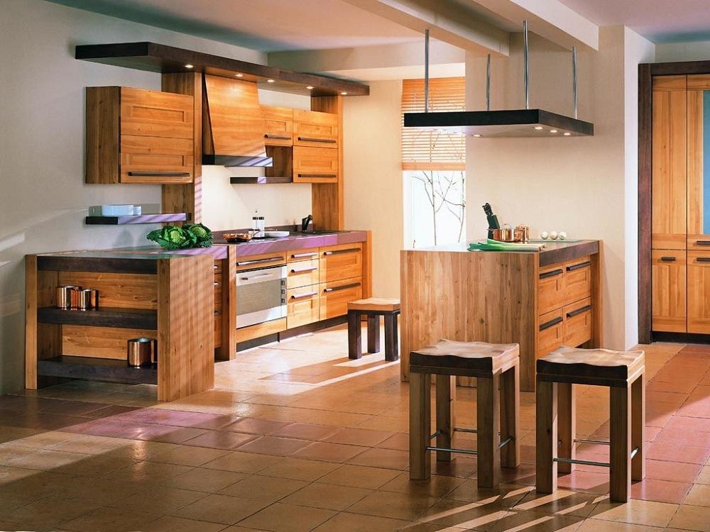 Кухня из дерева в эко-стиле