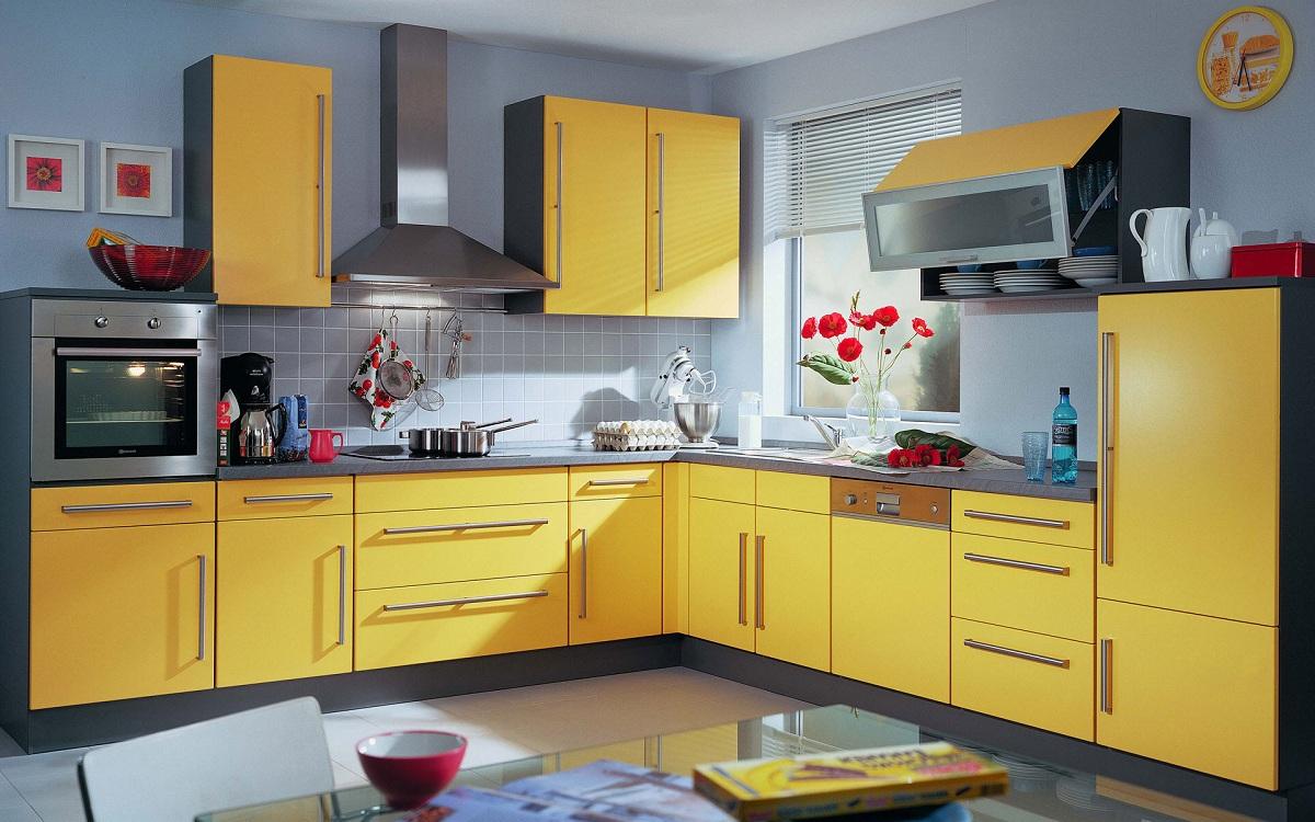 Лимонно-серая кухня
