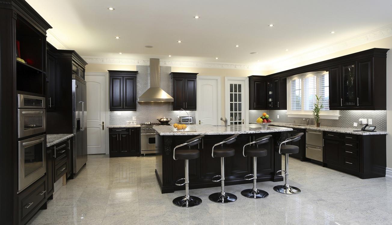 Потолок для черной кухни