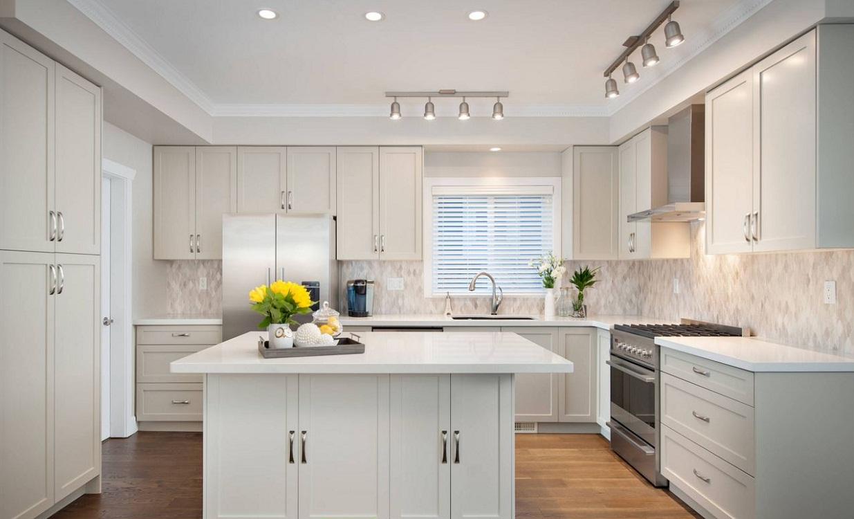 Правила расположения светильников на кухне