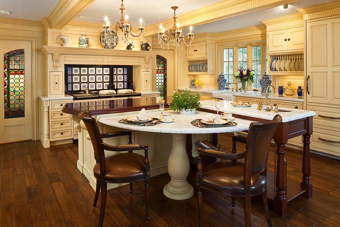 Круглый керамический стол на кухню