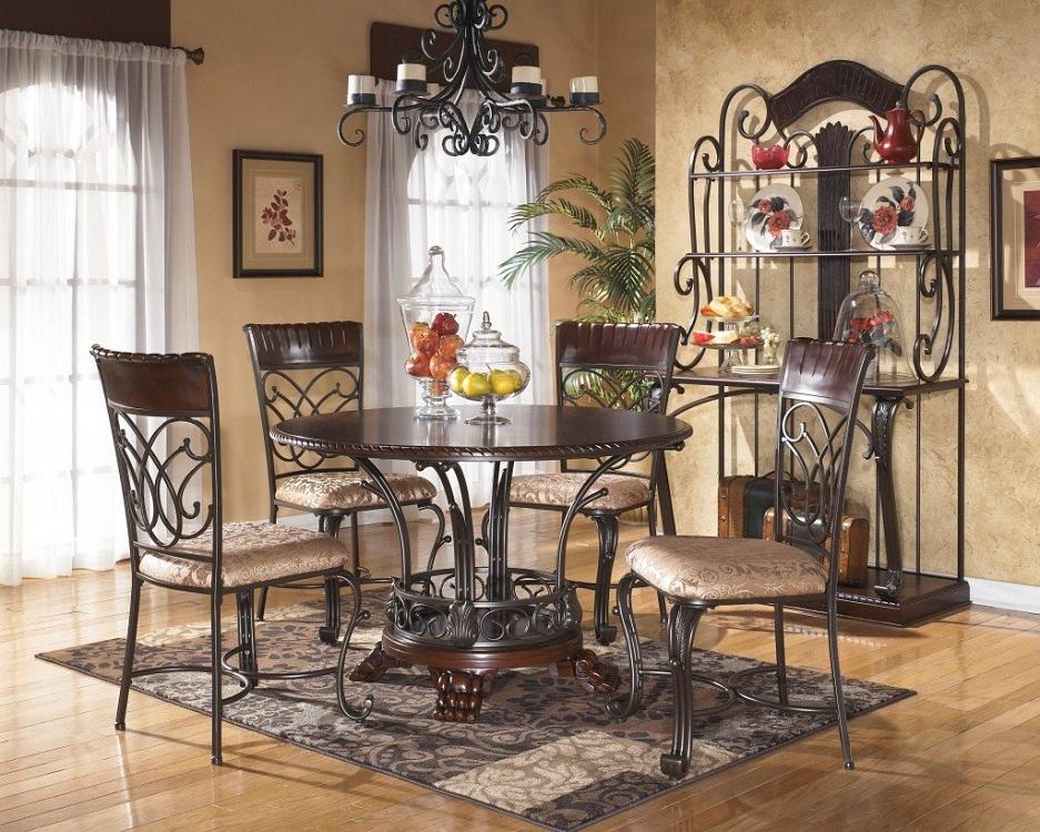 Круглый стол из металла на кухню