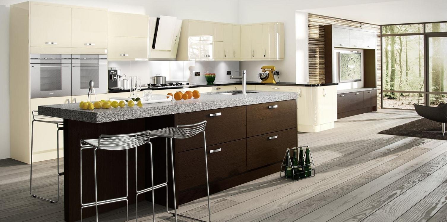 Кухня в стиле венге и ваниль