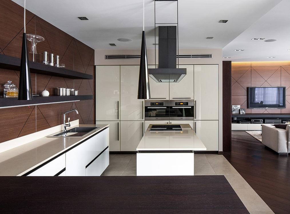 Кухня в стиле венге в сочетании с бежевым цветом