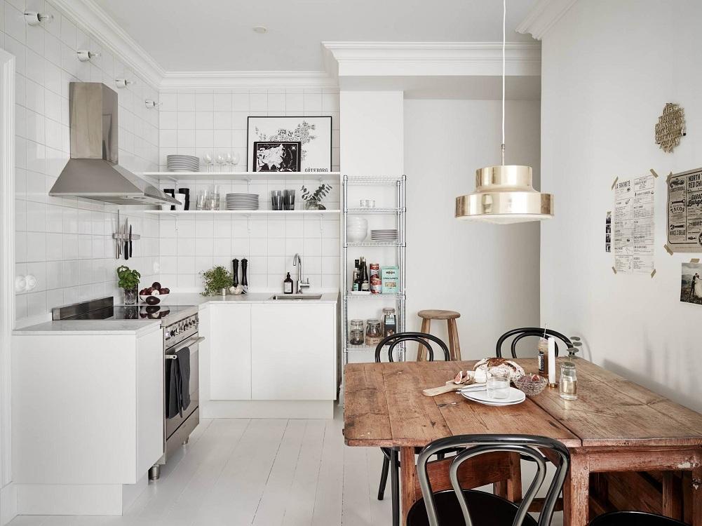 Маленькая кухня без верхних шкафов