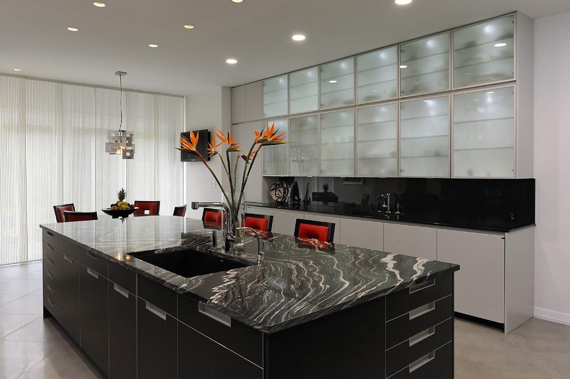 Потолочное покрытие для кухни в стиле хай-тек