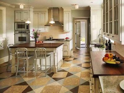 Пробковый пол на кухне