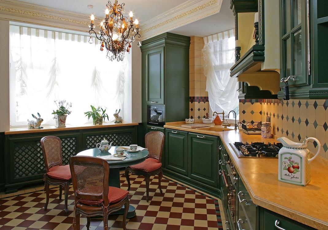 Шторы для кухни в английском стиле