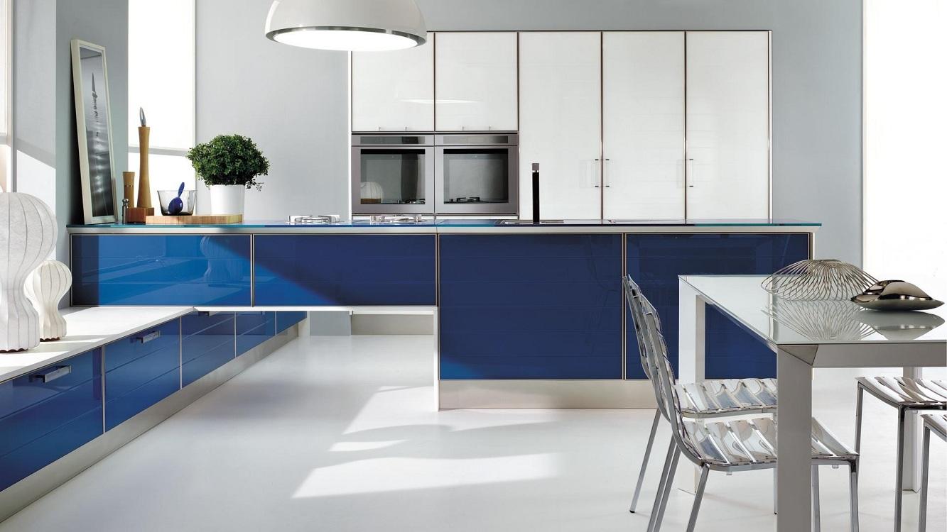 Сине-белые кухни