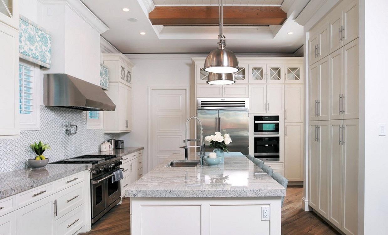 Столешница и фартук для светлой кухни