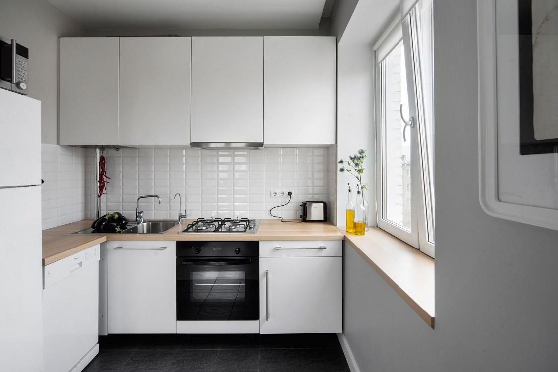 Белая кухня 6 метров