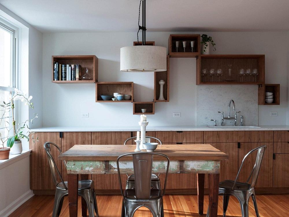 Деревянные полки для кухни