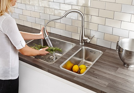 Дополнительные функции смесителей для кухни