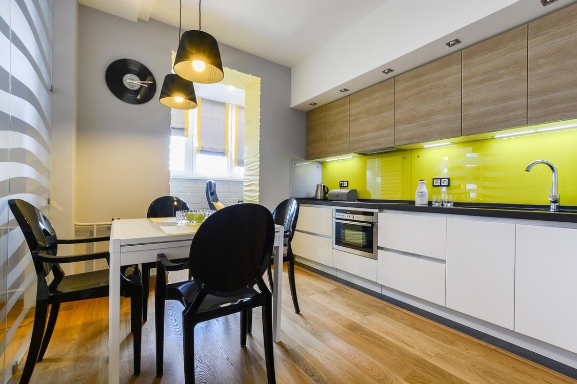 Использование желтого цвета на кухне