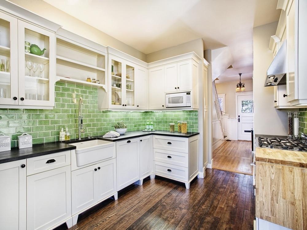 Керамическая плитка под кирпич на кухне