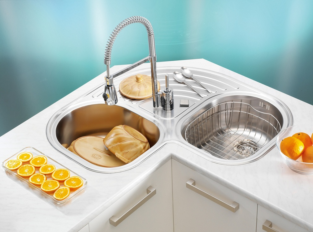 Количество чаш в угловых мойках для кухни
