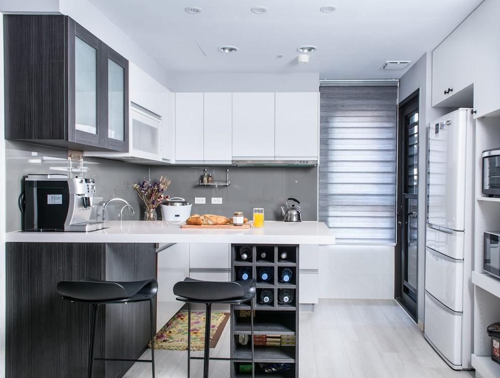 Кухня 9 метров с холодильником