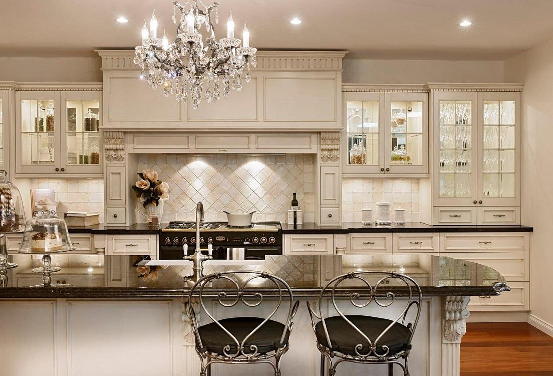 Люстра для кухни в классическом стиле