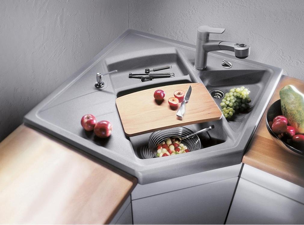 Накладная угловая мойка для кухни
