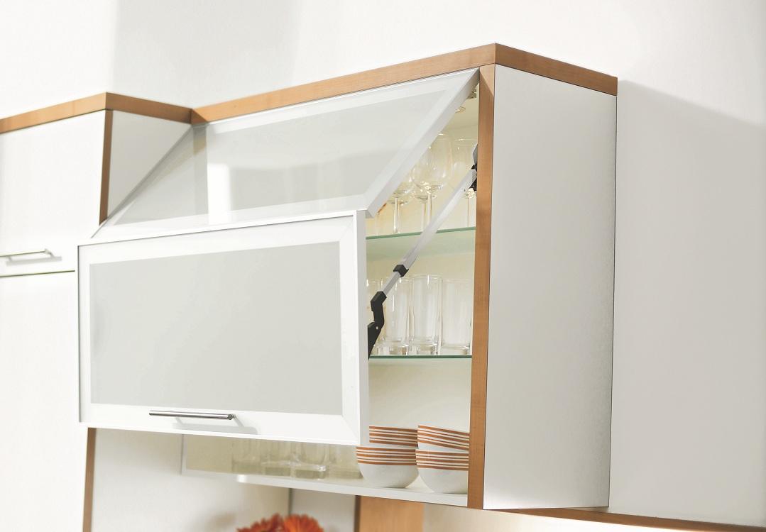 Навесные шкафы из пластика для кухни