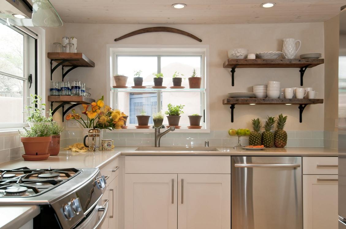 Полки для кухни на кронштейнах