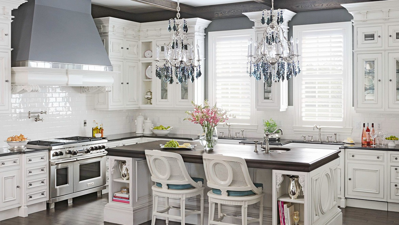Варианты декорирования на белой кухне