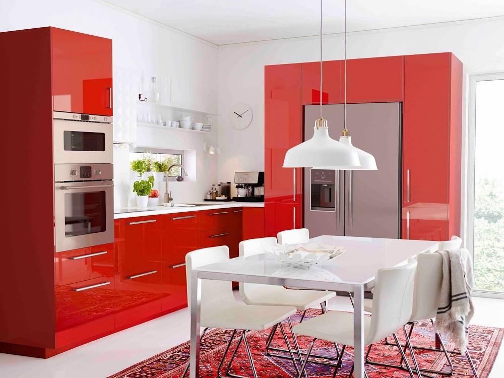 Яркие расцветки кухонь ИКЕА