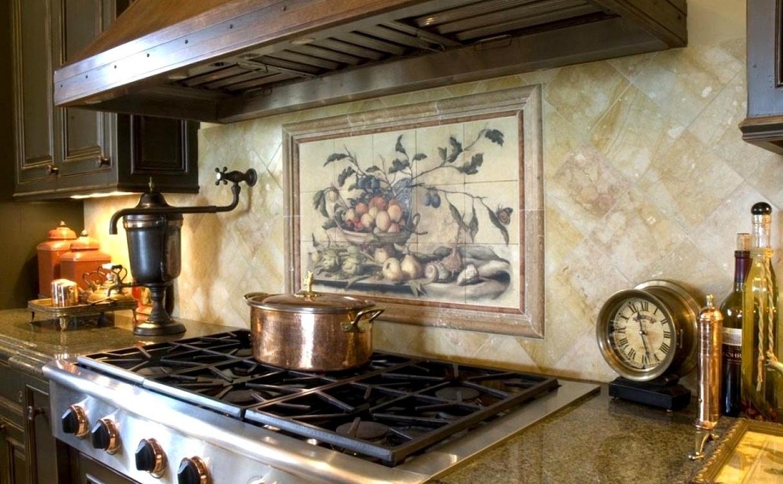 Фреска на основе гибкой штукатурки на кухне