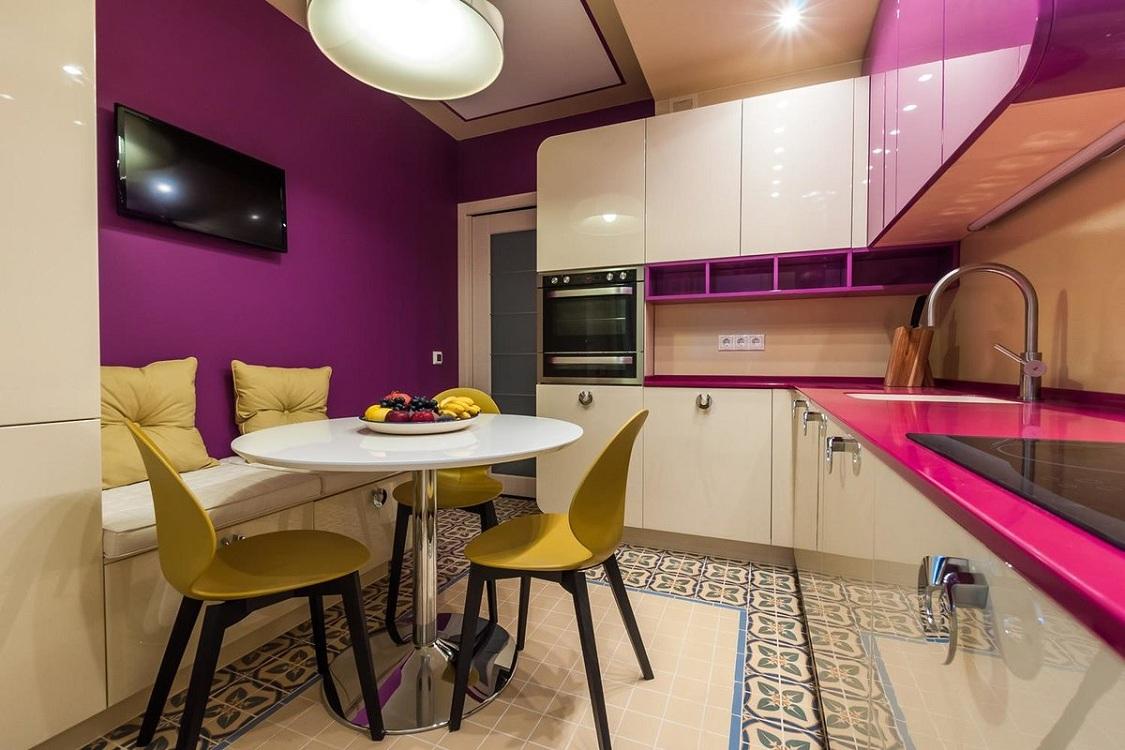 Кухня 10 м в розовом цвете