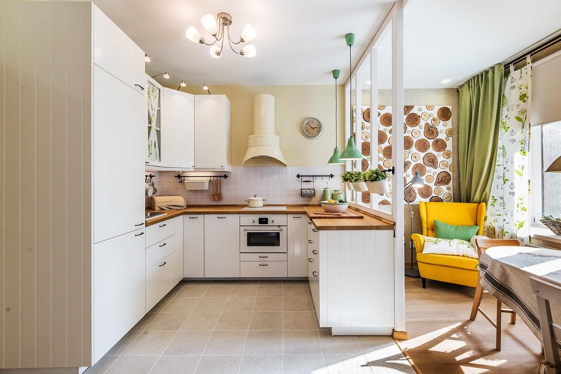 Оформление перехода из лоджии на кухню