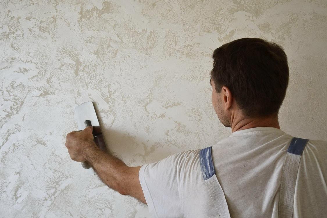 Технология облицовки стен декоративной штукатуркой