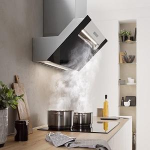 Какую вытяжку лучше выбрать для кухни: встраиваемую, подвесную, купольную, проточную вытяжек, с отводом, с фильтром, с рециркуляцией