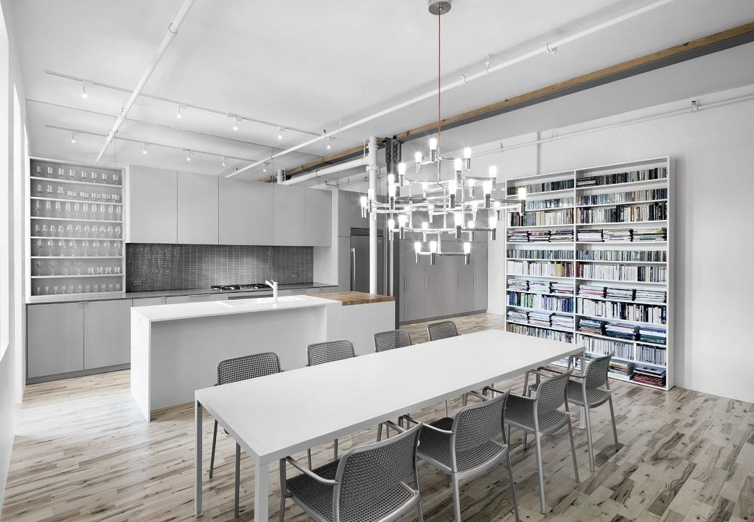 Интерьер кухни-гостиной 30 кв. м