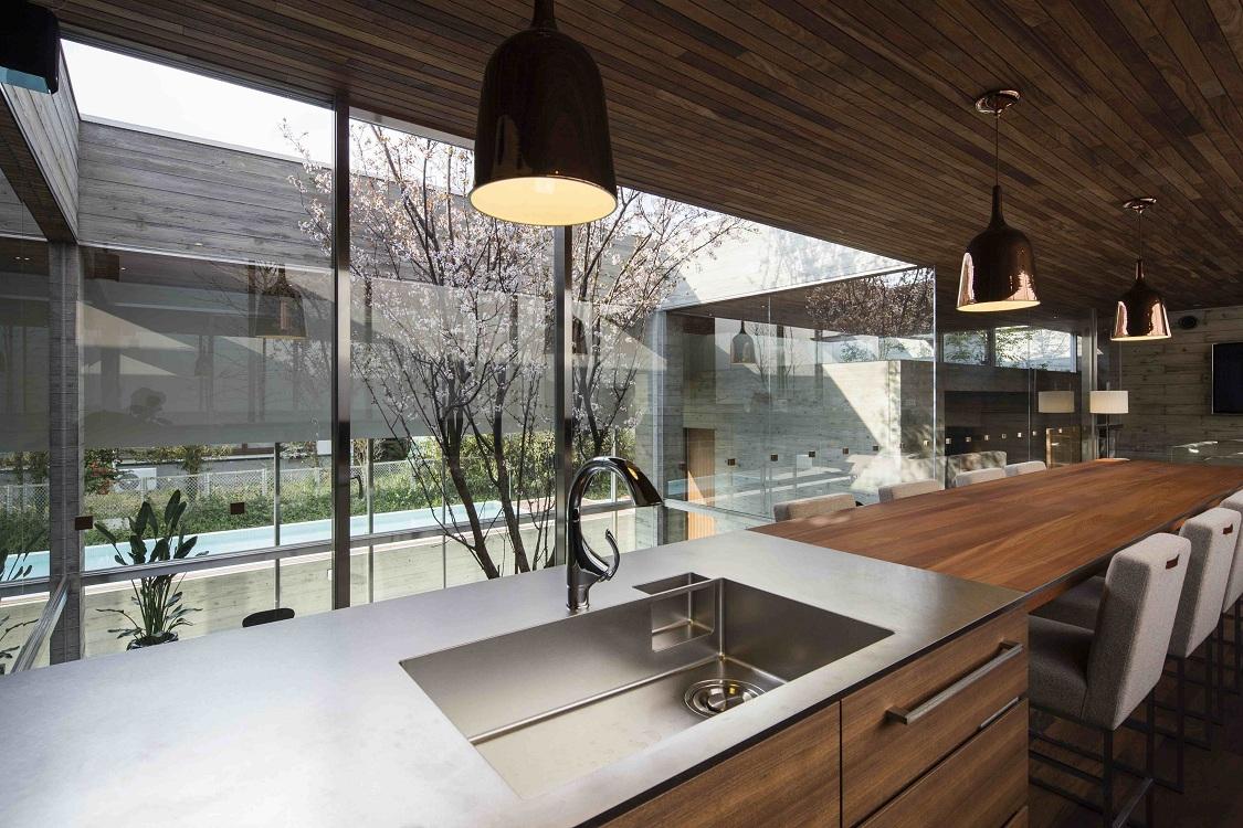 Потолок на кухне в японском стиле