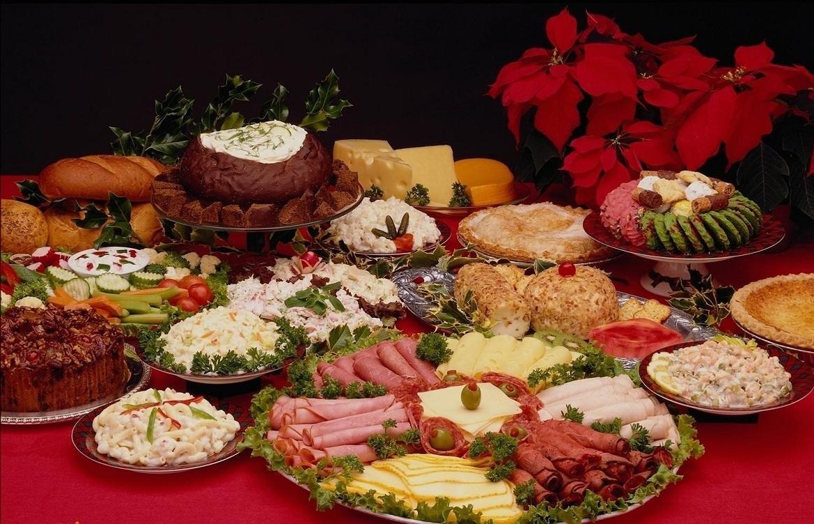 Расстановка блюд на праздничном столе