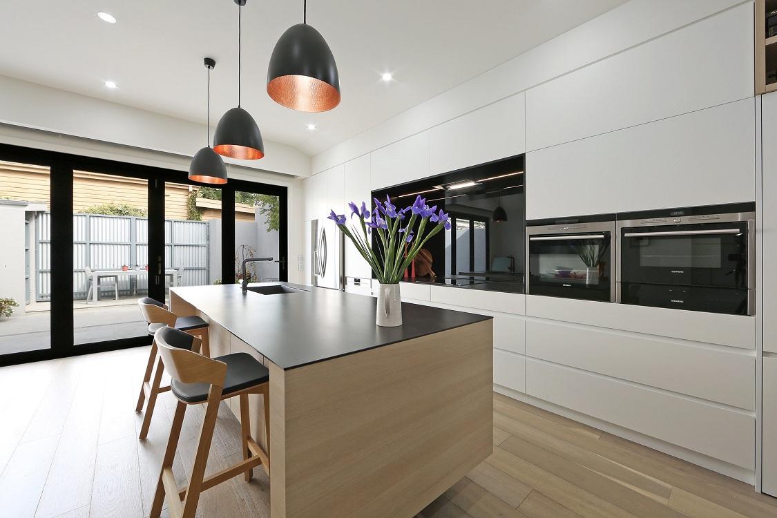 Стены на кухне в стиле контемпорари