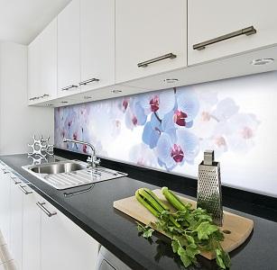 Стеклянный фартук на кухне: разновидность материалов, способы крепежа, стоимость и отзывы домохозяек
