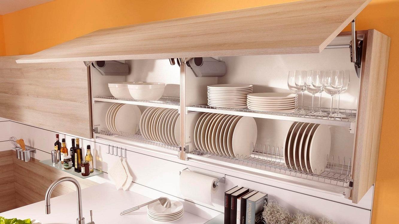 Навесные шкафы для посуды на кухне