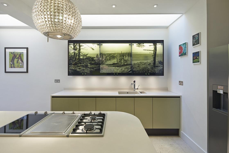Стеклянное панно на кухню