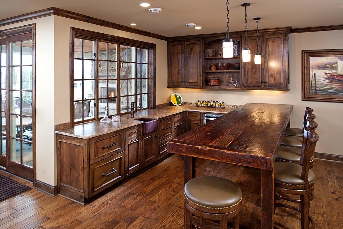 Цвет и стиль деревянного стола для кухни