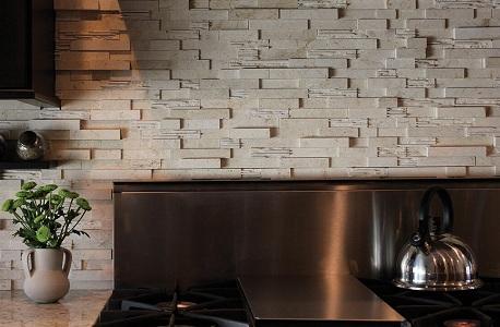 Фальш-панель из искусственного камня на кухне